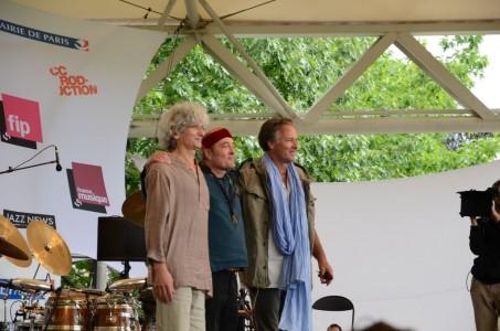 Hadouk Trio en concert au parc Floral, le 16 juin 2012. Photos, et vidéo, avec des vrais morceaux de musique dedans.