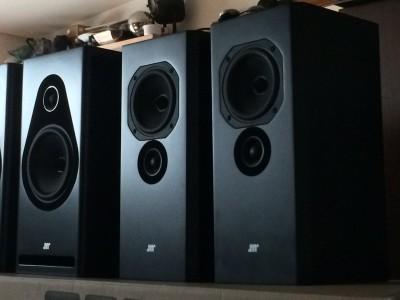 Ecoutes Hi-Fi: petit ou grand ? de la nécessité de la souplesse chez les revendeurs ...
