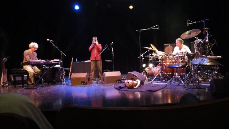 Hadouk Trio